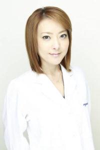 西川史子 現在 最新 痩せすぎ 怖い 若い頃 昔 画像