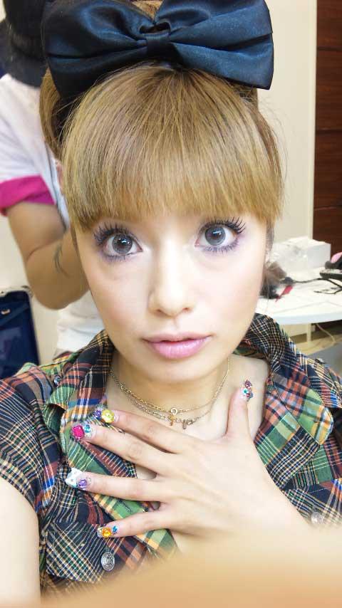 安西ひろこ 現在 顔 画像 若い頃 昔 浜崎あゆみ パクリ